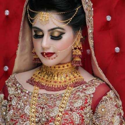 freelance makeup artist in jaipur